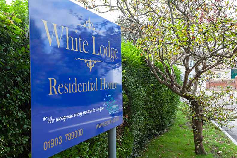 White Lodge, West Sussex, sign