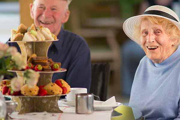 Residents enjoying afternoon refreshments